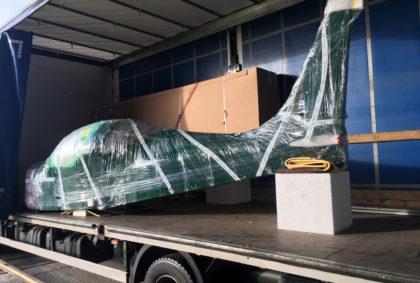 The First kit built Eurostar SL has arrived in the UK!